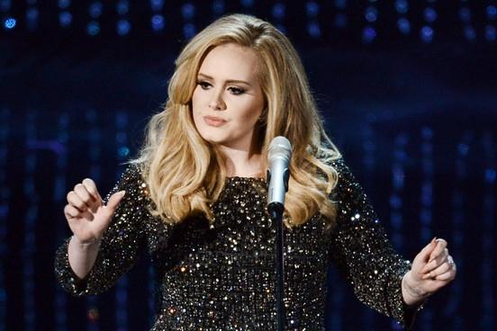 Adele la regina del 2015