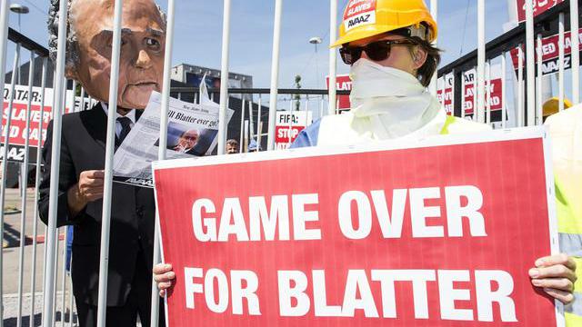Game Over per Blatter, Condannato