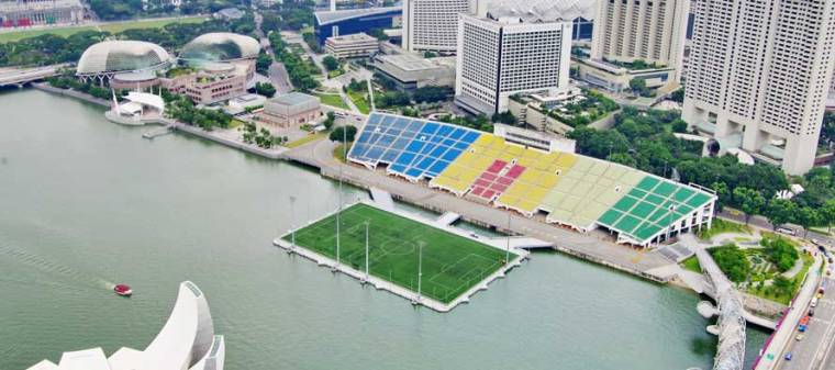SG-marina-bay-sands-hot-float-stad